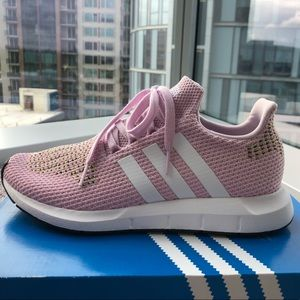 NWT Adidas Swift Run Sneakers